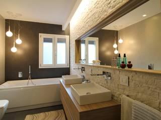 Banheiros  por Giuseppe Rappa & Angelo M. Castiglione