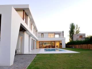 от Ramirez Arquitectura Модерн