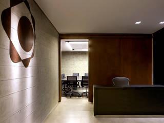 SAINZ arquitetura Centros para conferencias Gris