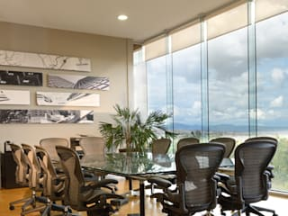 Office buildings by VICTORIA PLASENCIA INTERIORISMO, Modern