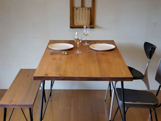 Landmark diningtable 15*80: design studio katachiが手掛けたです。