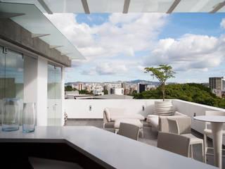 VODO Arquitectos Modern style balcony, porch & terrace