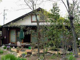 露地のある庭   Tea gardens: 庭 遊庵が手掛けた庭です。,