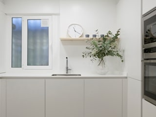 Cocinas de estilo minimalista por Bade interiorismo