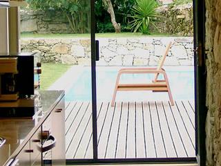 MANUEL CORREIA FERNANDES, ARQUITECTO E ASSOCIADOS 現代廚房設計點子、靈感&圖片