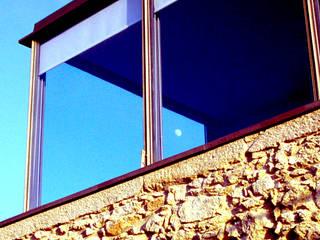 MANUEL CORREIA FERNANDES, ARQUITECTO E ASSOCIADOS 窗戶