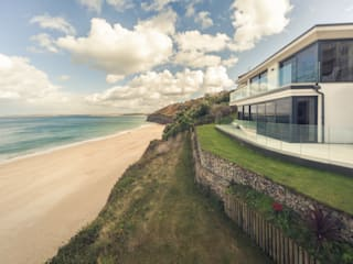 The Beach House, Carbis Bay, Cornwall Casas modernas por Laurence Associates Moderno