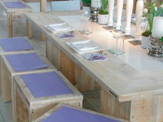 Tischlerei Charakterstück Salle à mangerTables