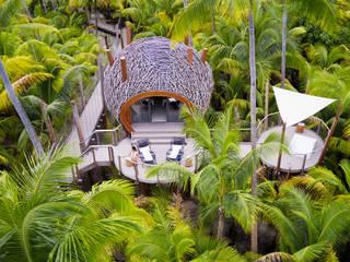 SPA | The Brando Tropischer Spa von schienbein+pier Tropisch