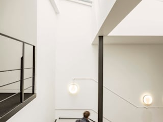 Greencoat House Modern corridor, hallway & stairs by Squire and Partners Modern