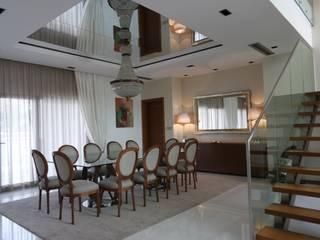 Angola Salas de jantar clássicas por Stoc Casa Interiores Clássico