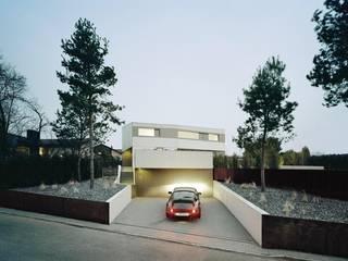 Minimalist house by pur natur Minimalist