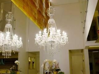 Nowoczesna jadalnia od Giovana Martins Arquitetura & Interiores Nowoczesny