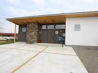 蛍の家: 遠藤知世吉・建築設計工房が手掛けた家です。