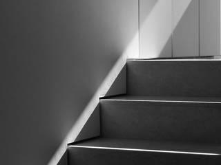 details: Ingresso & Corridoio in stile  di Alessandro De Sanctis - des interior architecture