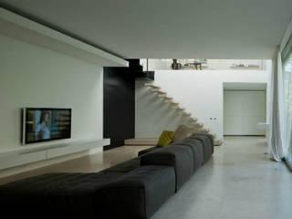 Villa Marini Scapolo Moderne Wohnzimmer von Pizzeghello - Architekten Berlin Modern