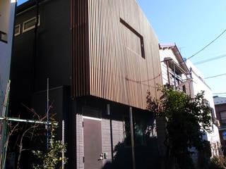 葛飾の住宅: 姫松親一郎建築設計事務所が手掛けた家です。