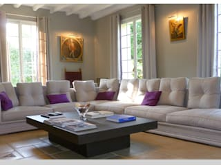 Maison - le Vésinet: Salon de style  par ARCHITECTURAL DECO