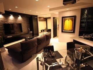 株式会社Juju INTERIOR DESIGNS Modern Media Room Wood White