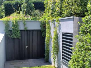Jardines modernos de BERND WALDVOGEL LANDSCHAFTSARCHITEKTUR Moderno