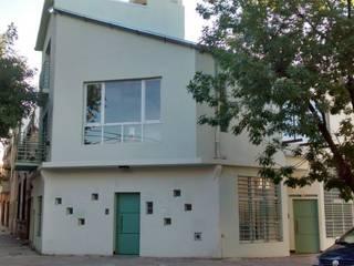 DEPARTAMENTO IBERA ESTUDIO PINKUS S.R.L. Casas modernas: Ideas, imágenes y decoración