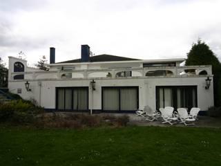 de estilo  por Vergouwen & Van Rijen architecten BNA BVBA