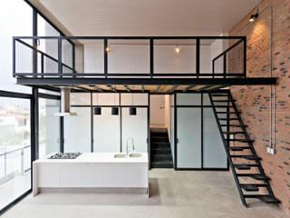 Interior 1:  de estilo  por Proyecto Cafeina