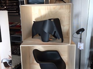 Vitra Black Edition:   von Drifte Wohnform