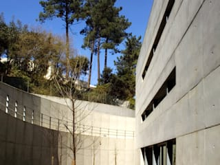 ESTAÇÃO ELEVATÓRIA DE LEVER Casas modernas por MANUEL CORREIA FERNANDES, ARQUITECTO E ASSOCIADOS Moderno