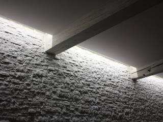 Progetto: Pareti in stile  di Valentina Perrucci Architetto