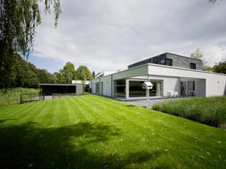 VILLA EIKENVEN:   door OTTENVANECK architecten & vormgevers