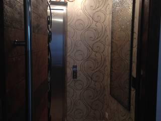 Hall - Splendor Corredores, halls e escadas modernos por Laura Picoli Moderno