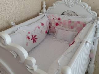 Quarto de Princesa Quarto infantil clássico por Laura Picoli Clássico