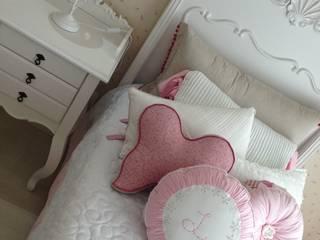 Dormitorios infantiles de estilo clásico de Laura Picoli Clásico