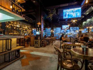 Cantina La Federal Puerto Vallarta Bares y clubs de estilo rústico de PASQUINEL Studio Rústico