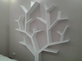 Półka jak drzewo 210x170x18cm: styl , w kategorii  zaprojektowany przez INSPIRUJĄCE PÓŁKI