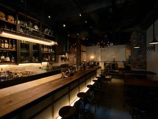 COCKTAIL WORKS: initial JAPAN-incが手掛けたバー & クラブです。