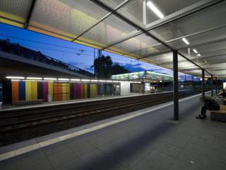 U-Bahnstation Heddernheim: industriell  von SYRA_SCHOYERER Architekten BDA,Industrial