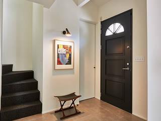 株式会社フーセット Huset co.,ltd Couloir, entrée, escaliers modernes