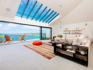 Gwel an Treth, Sennen Cove | Cornwall Modern living room by Perfect Stays Modern