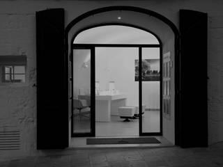 Progetto: Finestre in stile  di architetto Moro Giovanni