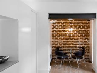 Sloane Gardens, London Modern dining room by ÜberRaum Architects Modern