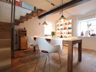 komplette Sanierung von Fachwerkhaus Moderne Esszimmer von K&R Design GmbH Modern