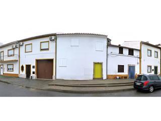 casa montefilipe Casas mediterrânicas por Atelier Base Mediterrânico