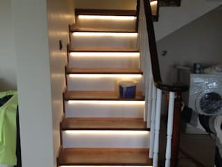 Prestige Ahşap Merdiven Dekorasyon San.Tic.LTD.ŞTİ – Beton Üstü Ahşap Merdiven: modern tarz , Modern