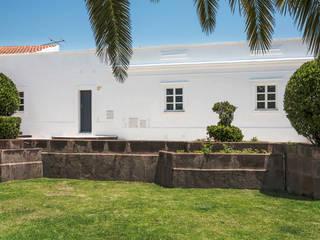 Casas de estilo rústico por Studioarte
