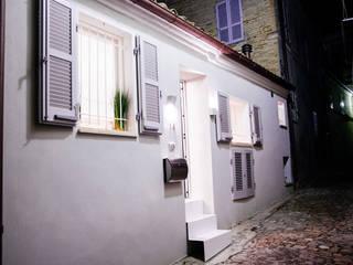 Casas de estilo  de Ossigeno Architettura