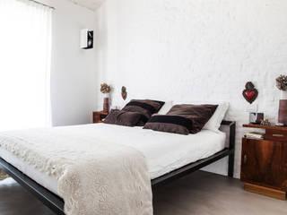 Mediterranean style bedroom by Ossigeno Architettura Mediterranean