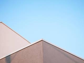 Moderne Praxen von Ossigeno Architettura Modern