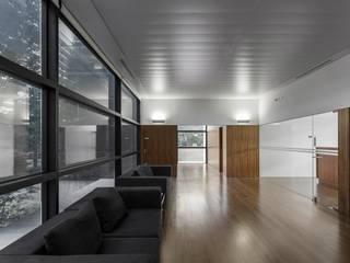 minimalist  by Rocha Leite Arquitectos Associados, Minimalist